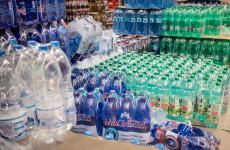 Sólymos szerint eltékozoltak fél évet a visszaváltható PET-palackok ügyében
