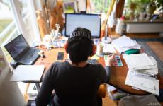 Kiderült, mi a legnagyobb hátránya az otthonról történő munkavégzésnek, illetve mi motiválná az embereket ebben