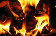 Szörnyű tragédia: két gyerek bennégett egy lakásban, a tűzoltókat és rendőröket is megrázták a történtek