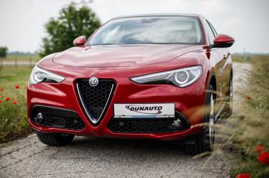 Alfa Romeo Stelvio: Összetéveszthetetlen olasz szenvedély