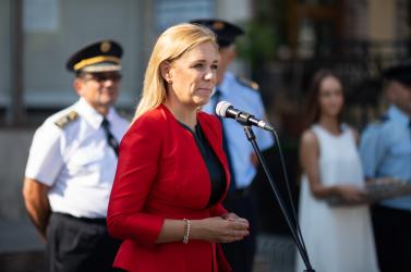 Saková visszautasítja, hogy akadályozni akarná a külföldről történő szavazást