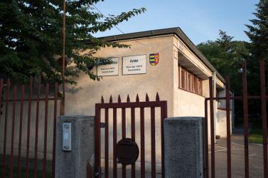 Névtelen bejelentő jelentette fel, megszüntetik az Iskolai Szolgáltatási Központot Dunaszerdahelyen