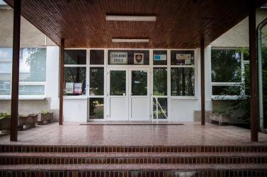 Felfüggesztik a tanítást a bősi alapiskolákban és az óvodákban is