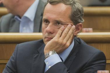 Eddig 24 alkotmánybíró-jelölt van, köztük Radoslav Procházka