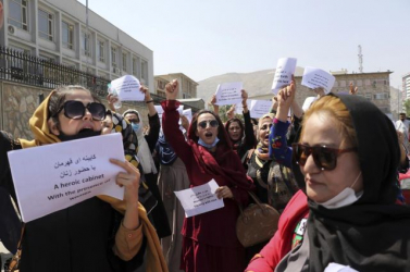 Kabulban erőszakba fulladt egy nők jogaiért tartott tüntetés