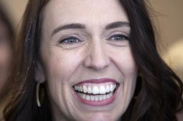 Jacinda Ardern, Új-Zéland régi új kormányfője bemutatta új,