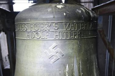 El akarták mozdítani a helyéről a Hitler-harangot, a bíróság azonban másképp döntött