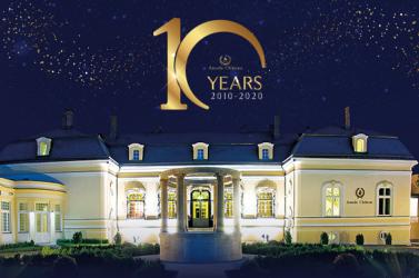 10 éves azAmade Château kastélyszálló!