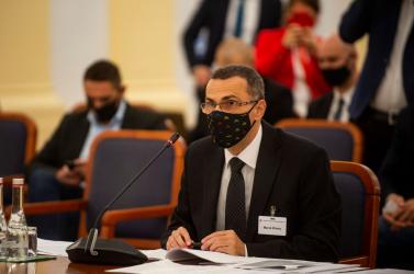 Gyorshír: Maroš Žilinkát választotta főügyésszé a parlament, Fico is őrá adta a voksát