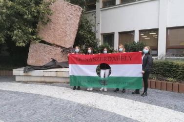 1956. október 23-raemlékeztek a dunaszerdahelyi szakközépiskolások