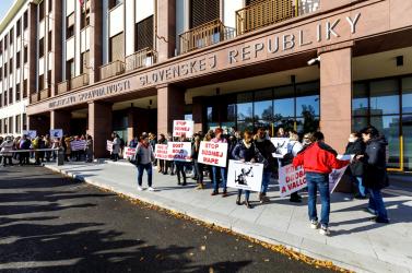 Országszerte többfelé tiltakoztak a bíróságok bírái és dolgozói a Kolíková-féle bírósági térkép ellen (FOTÓK)