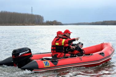 Holttestet találtak a Duna felvízcsatornájában Doborgaznál!