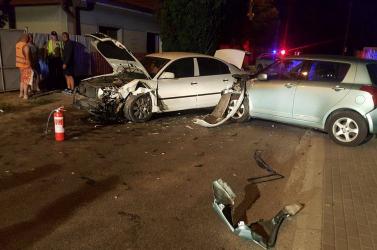 Ittas sofőr tört ripityára egy parkoló autót Madban