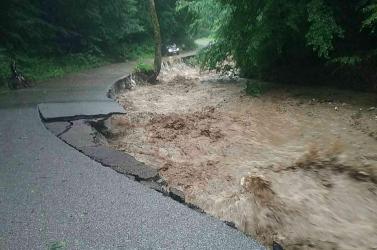 Rendkívüli a helyzet a viharok után, súlyos károkat okozott az özönvíz az ország egy részén! (FOTÓK)