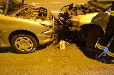 SÚLYOS BALESET: Részegen ült volán mögé a 25 éves srác, frontális ütközés lett a vége (FOTÓK)