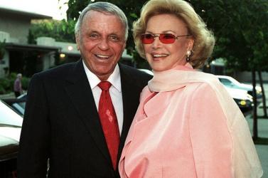 Kalapács alá kerül Frank és Barbara Sinatra hagyatékának egy része