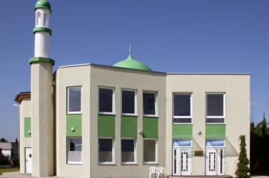 Mecseteket ért fenyegetés miatt erősítették a rendőri jelenlétet Hessenben