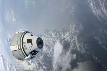 Nem nyílt ki a Boeing-űrjármű ejtőernyőinek egyike a próbarepüléskor