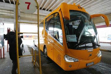 Buszt indít a Regiojet Pozsonyból a budapesti repülőtérre
