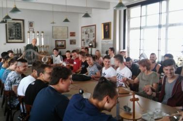 Elektrotechnikai kiránduláson jártak a Szabó Gyula 21 Szakközépiskola diákjai