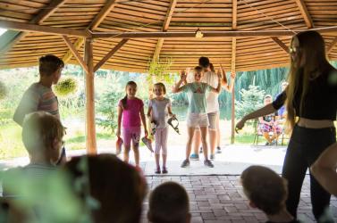 A gyerekek legnagyobb örömére idén is lesz lovas-színjátszó tábor Hetényen