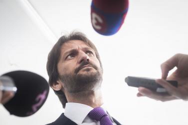 Olyan újságírók után is szaglásztak a zsaruk, akiknek köze nincs a Kaliňákot megszívató banki alkalmazott ügyéhez