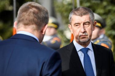 Érvényes marad a cseh kormányfőt kínosan érintő törvény