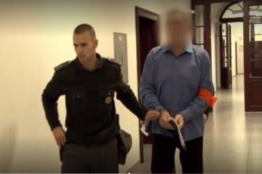 760 ezer euróval ejtette át klienseit egy pénzügyi tanácsadó, majd maga jelentkezett a rendőrségen