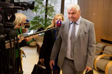 Čaputová elfogadta Sólymos lemondását, Érsek Árpád az új környezetvédelmi miniszter