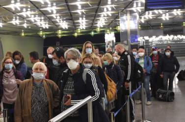 Befejezik a külföldön maradt szlovákok szervezett hazaszállítását