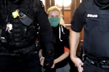 Szabadon engedik Monika Jankovskát, elektronikus nyomkövetőt kap