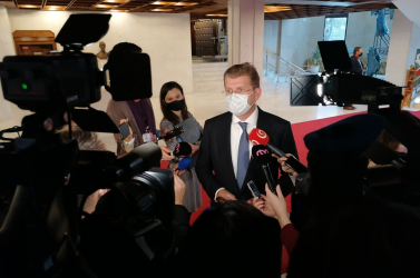 Marad a hűvösön az exminiszter Peter Žiga korrupció miatt letartóztatott rokona