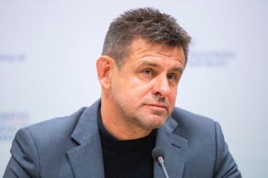 Sólymos László a képviselői mandátumáról is lemondott