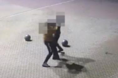 Videón egy utcai verekedés Oroszlányból