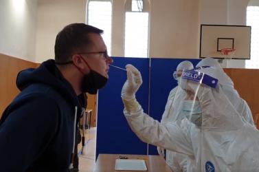 Íme egy videó arról, mit tesznek velünk, és mit kell nekünk tennünk a tömeges tesztelésnél