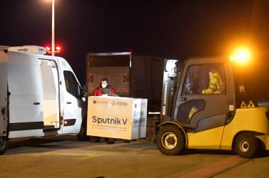 Szerbiában és Argentínában már gyártják a Szputnyik V-t