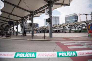 A Somorja és Dunaszerdahely felé közlekedő buszok is késhetnek a Pozsonyban történtek miatt (FOTÓK)