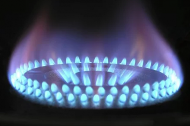 Romániában az állam kifűti a villany- és gázszámla egy részét
