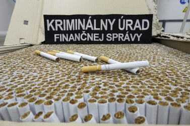 Csaknem 5 millió szál hamis cigit foglaltak le a szlovák vámosok!