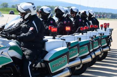 22 új BMW-t kaptak a motoros testőrök, de nemsokára a sima rendőrök is új gépeknek örülhetnek