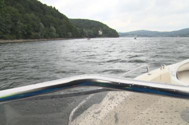 Azonosították a holttestet, akit egy kirándulóhajó utasai fedeztek fel a vízben