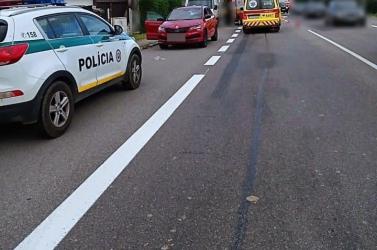 Súlyos baleset: két nőt gázolt el a zebrán a Škoda