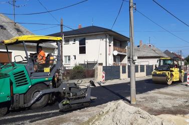 A gelleiek hosszú évtizedek óta vártak erre a pillanatra – végre sikerült felújítaniuk a Forratagi utcát
