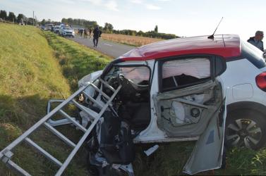 BALESET: Frontálisan ütközött egy furgonnal a Citroen, 33 éves férfi vesztette életét