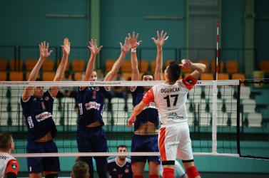 Férfi röplabda: Drámai csatában maradtak alul a komáromiak az Olimpiakosszal szemben a Bajnokok Ligájában