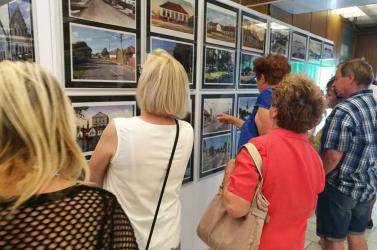 Nagymegyer múltját felidéző fotókiállítás nyílt a helyi kultúrházban