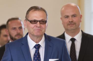 Kiska kinevezte Anton Šafárikot a SIS élére
