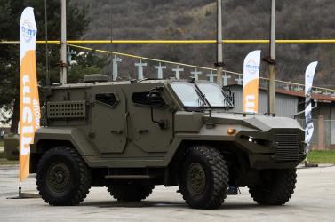 Megszüntették a közbeszerzést, mely révén 321 milliót költött volna az állam katonai terepjárókra