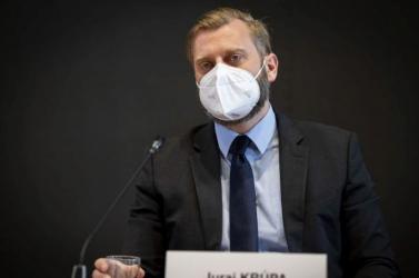 A parlament nemzetbiztonsági bizottságának elnöke kiáll a szlovák külügy mellett, Gyimesi nem ért vele egyet
