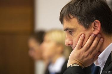 Matovičék egy magyarul is jól beszélő pártkatonát varázsoltak a korrupcióval átitatott Állami Földalap élére